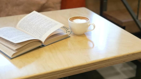 A Cup Of Coffe And Book ビデオ