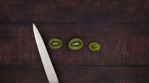 Cutting kiwi - Stop Motion Animation