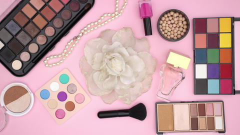 Make up products appear around the flower for hair accessories - Stop motion Animation