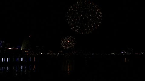 神奈川県 横浜市 みなとみらい 花火 ビデオ