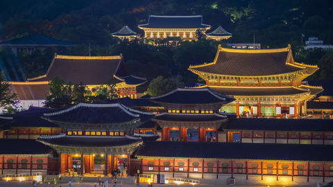 Timelapse of Gyeongbokgung Palace at Night in Seoul City,South Korea Live Action