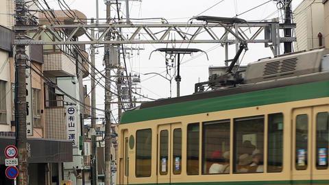 Toward the Kamakura direction from the vicinity of Enoshima Enoshima Electric Ra Live Action
