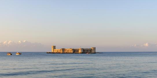 Maiden's castle, Kiz Kalesi in Mediterranean Sea. Mersin Turkey Photo