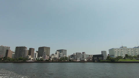 View of the city from the water ライブ動画
