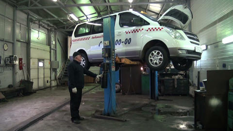 Repair of car Stock Video Footage
