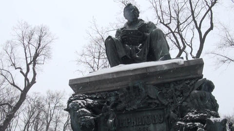 Monument to Krylov in the Summer garden. Saint-Petersburg Footage