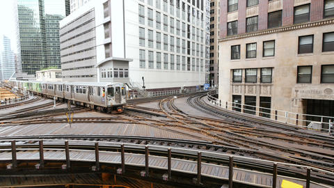Elevated Metro in Chicago Loop Financial District Archivo