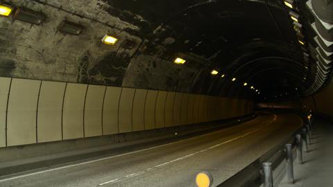 Tunnel nagano yamabuki V1-0007 Live Action