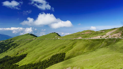 Scenic of Mountain on heaven above the ground. Good background for you to put te Live影片