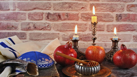 Jewish Holiday Rosh hashanah honey and apples with pomegranate Live Action