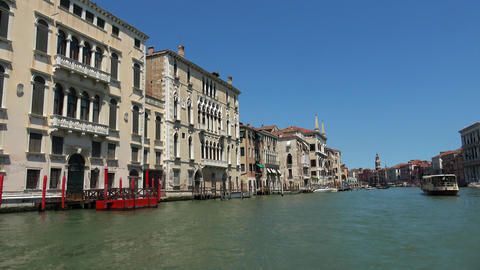 Impressive Grand Canal in Venice city center Live Action