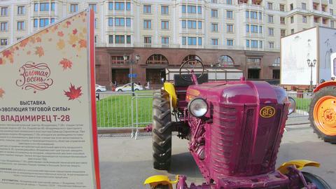 Tractor Vladimirets T-28 Live Action