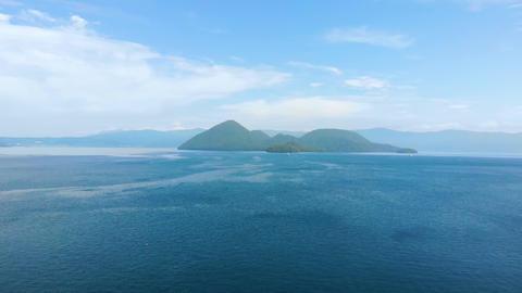 Lake Toya (Toyako) is part of the Shikotsu-Toya National Park. Lake Toya is one of Hokkaido's Live Action