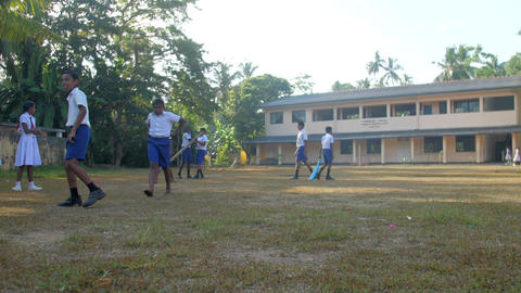 Sinhalese schoolboys in white shirts and blue shorts Archivo