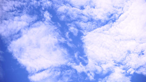 Fresh cloud of flow (blue sky, weather, smooth, high contrast) Live Action