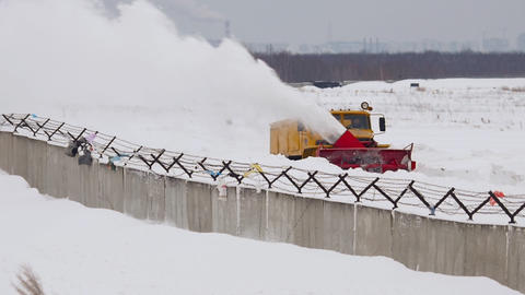 Snowplow clears the runway, Live Action