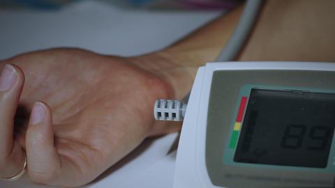 Blood pressure measurement Live Action