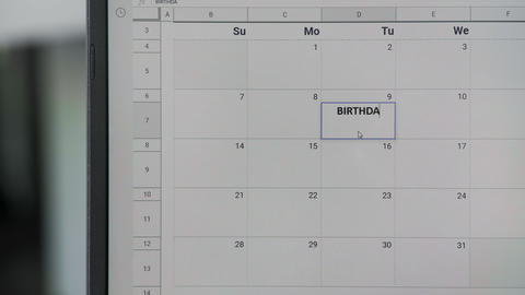 Writing BIRTHDAY on 9th on calendar to remember this date ビデオ