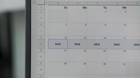 Writing SALE on 14th and copy whole week on calendar to remember this date ビデオ