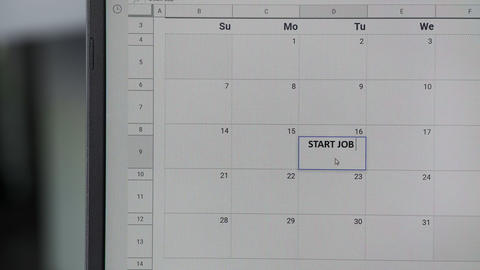 Writing START JOB on 16th on calendar to remember this date ビデオ