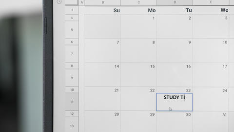 Writing STUDY TIME on 23th on calendar to remember this date ビデオ