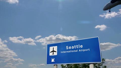 Airplane landing at Seattle Washington Live Action
