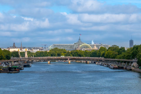 Bridges over the Seine and Grand Palace フォト