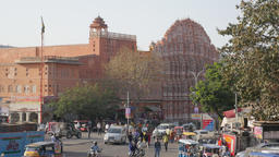 Palace of Winds and traffic on Manak chowk,Jaipur,India Footage