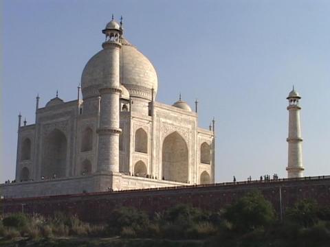 The sun shines on the Taj Mahal Stock Video Footage