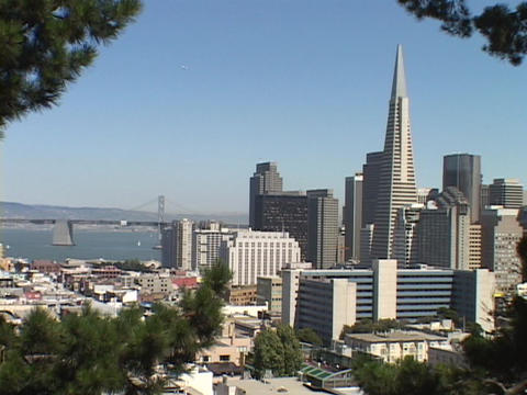 The TransAmerica building towers over the San Francisco,... Stock Video Footage
