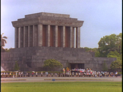 A line forms outside of the Ho Chi Minh Tomb in Hanoi,... Stock Video Footage
