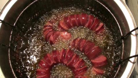 Frying Sausages in the Pot ライブ動画