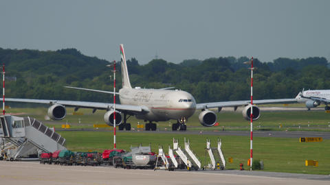 Widebody Aircraft taxiing before departure Archivo