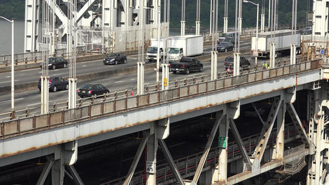 Upper Deck Bridge Traffic Footage