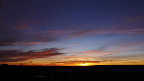 Colorful Red and Blue Sunrise Timelapse Archivo