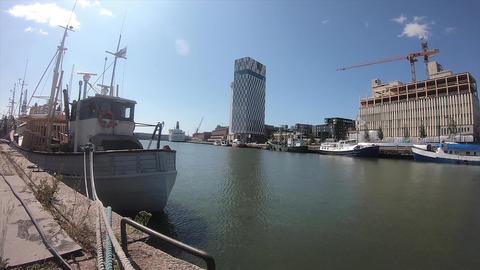フィンランド・ヘルシンキの観光地の海の様子 ライブ動画