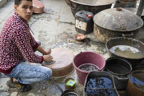 Metal pots handmade works フォト