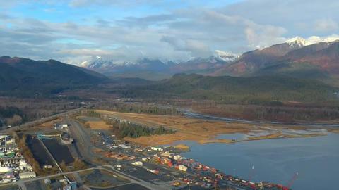 Port in Alaska ビデオ