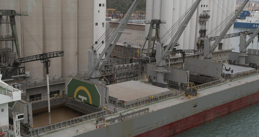 Aeial view. Loading of grain on a ship. Port. Cargo ship ビデオ