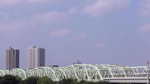 Bill and iron bridge/荒川を渡る新宿湘南ライン Footage