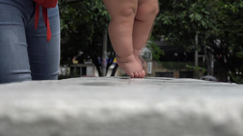 Baby Walking, First Steps Live Action
