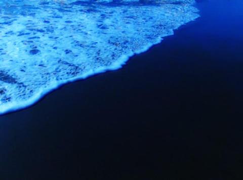 Ocean Waves 14 On the beach Pan shot Stock Video Footage