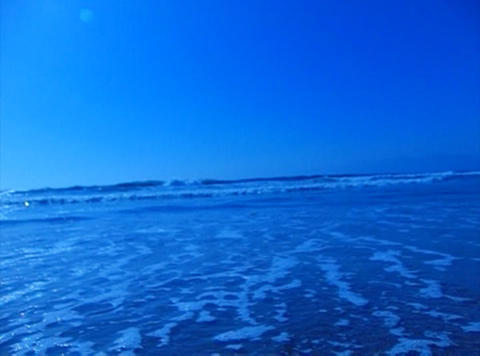 Ocean Waves 20 On the beach dolly shot Footage