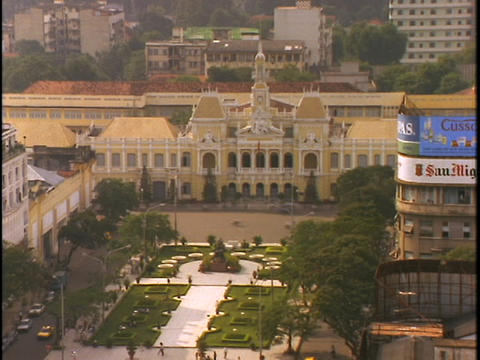 Streets surround an elegant garden in Saigon, Ho Chi Minh... Stock Video Footage