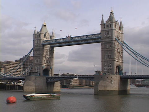 The majestic London and Westminster Bridges span the... Stock Video Footage