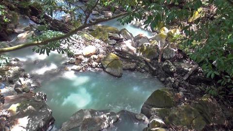 Natural hot spring in the forest in Kirishima, Kagoshima Japan (Geothermal Spa) ビデオ
