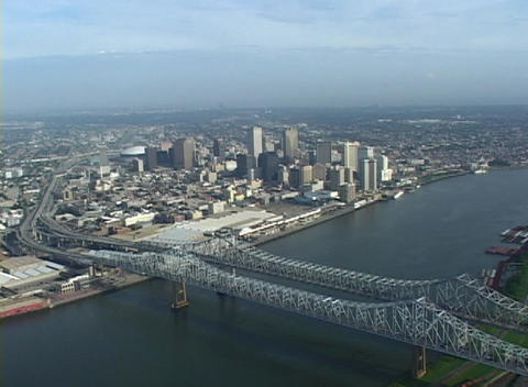 The Greater New Orleans Bridge spans the Mississippi... Stock Video Footage