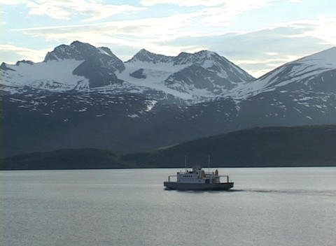 Following-shot of a boat in Alaskan waters Footage