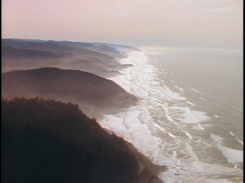 Tides roll into coves along the coastline of Northwest... Stock Video Footage