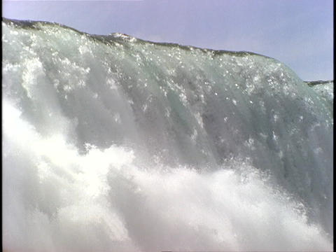 Massive amounts of water thunder over the edge at Niagara... Stock Video Footage